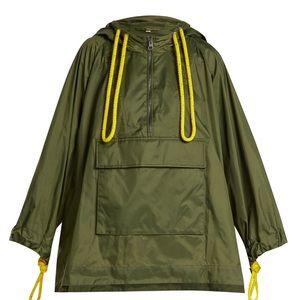 Burberry Slindon Hooded Rain Jacket in Green